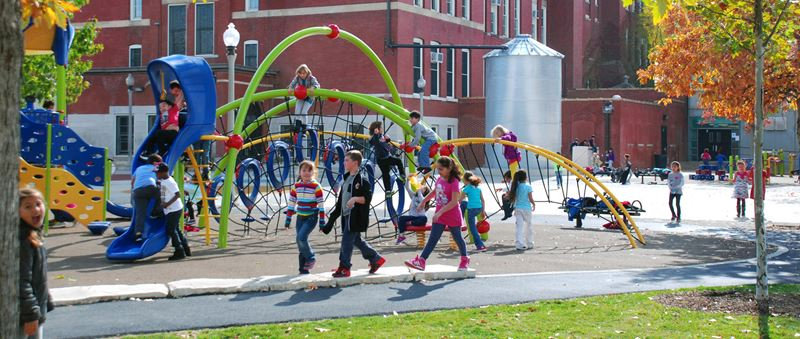 Goethe Elementary School: 21st Century Sustainable Schoolyard