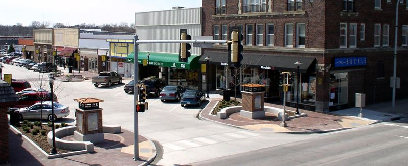 Corridor of Commerce: Downtown Carroll Streetscape